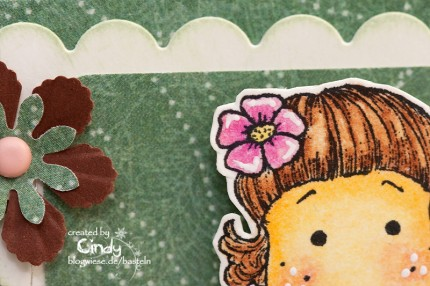 http://blogwiese.de/basteln/files/2009/12/easel-card-easel-karte-berry-tilda-tilda-nah-17-12-430x286.jpg