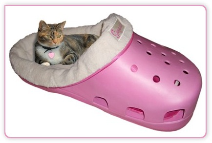 Katzenbett in lollipop pink als Crocs