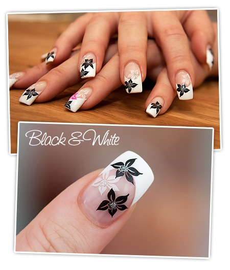Nailart - Black & White - Blüten