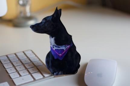 Nickis Hund Mila - nacher als Fotofigur