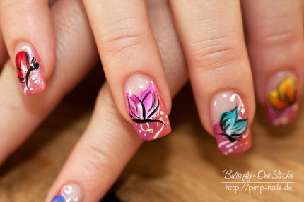 Nail Art - Butterfly - One Stroke