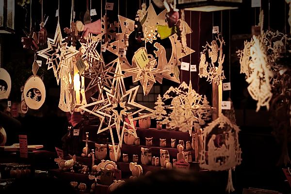 Holzsterne Weihnachtsstand Christkindlmarkt